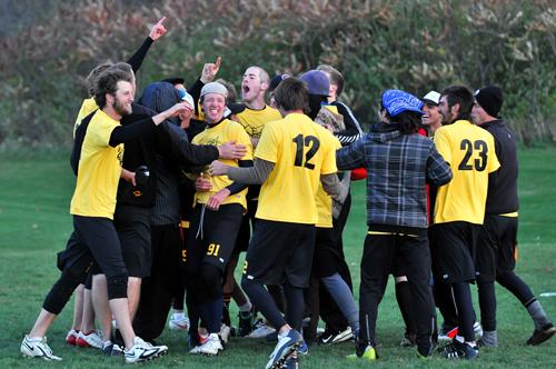 U of G's ultimate Frisbee team celebrates.