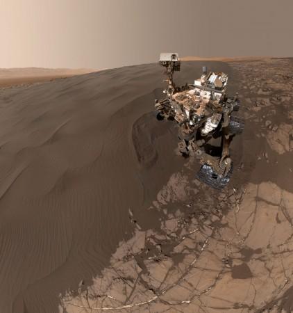 Curiosity Rover self-portrait on Mars (courtesy of NASA/JPL-Caltech/MSSS)