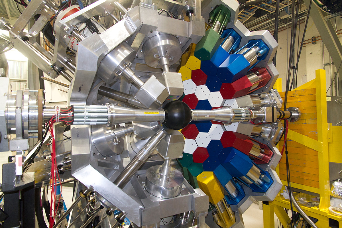 DESCANT detector attached to the GRIFFIN gamma-ray spectrometer at TRIUMF