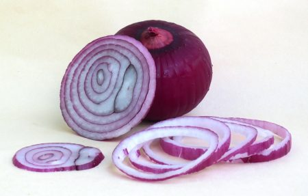 Red Onions Pack a Cancer-Fighting Punch, Study Reveals | U