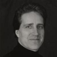Daniel Fischlin headshot