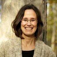 Prof. Shelley Hunt