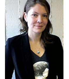 head and shoulders photo of Elizabeth Jackson