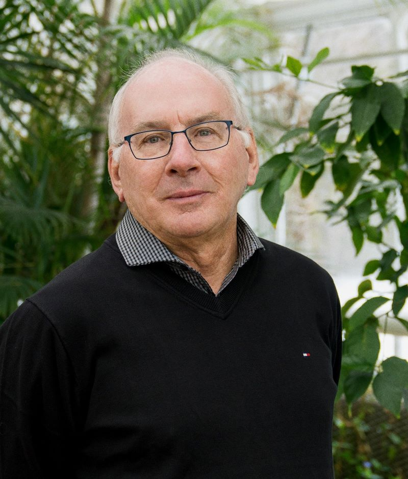 Prof. Paul Hebert