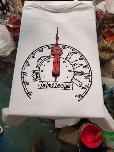 T-shirt logo with CN Tower and speedometer