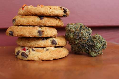 Cookies containing cannabis